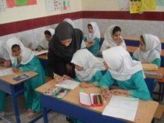 مدارس از نیمه دوم آبان بهصورت حضوری بازگشایی میشود