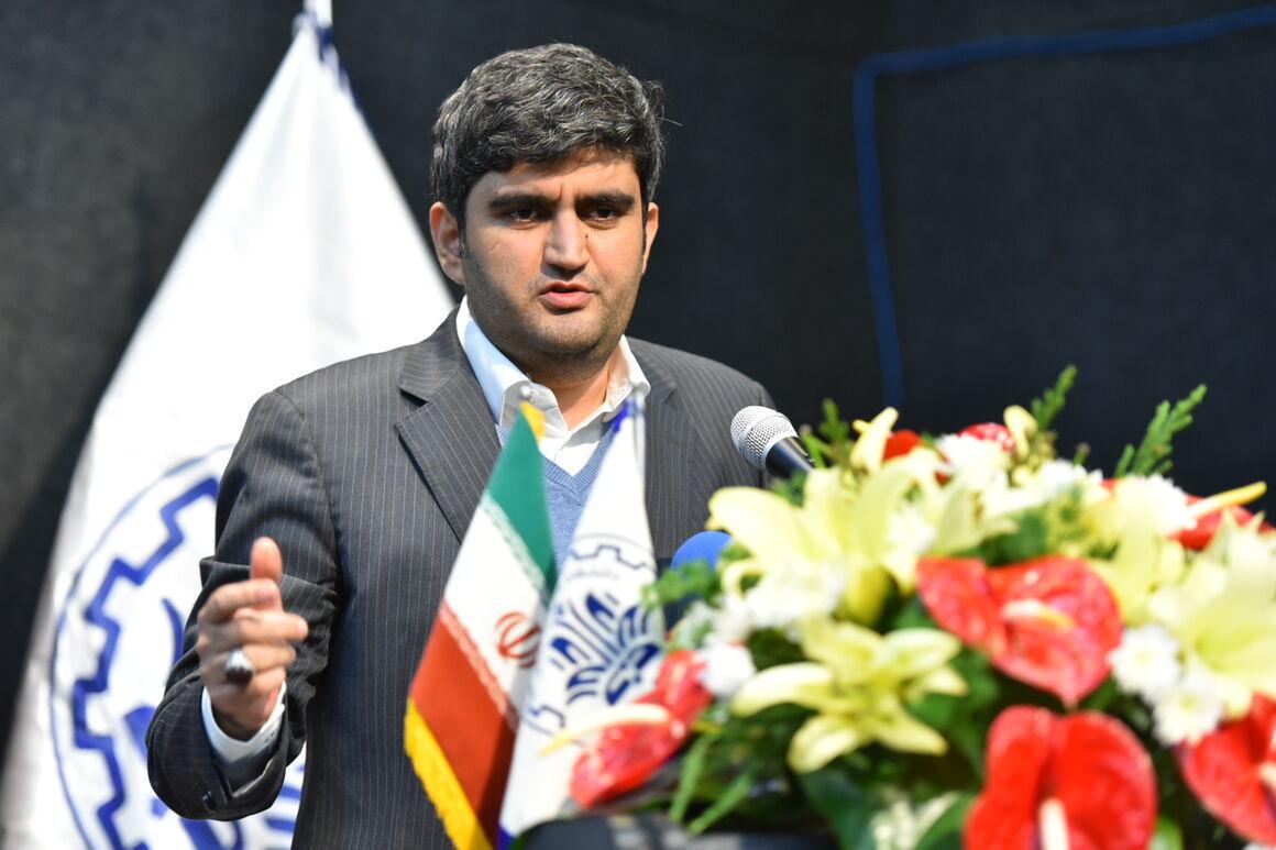ایران بزرگترین تولیدکننده و صادرکننده بنزین خاورمیانه