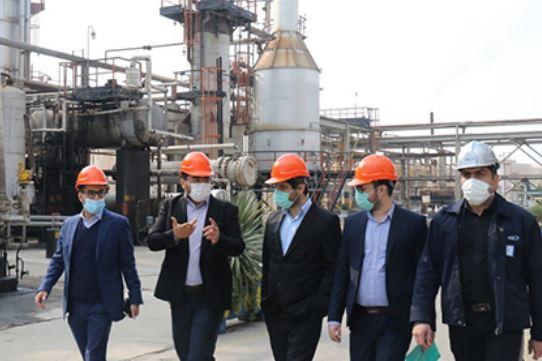 بازدید مدیران ارشد بورس کالا از پالایشگاه روغن سازی تهران/ عرضه تمامی محصولات ایرانول در بورس کالا