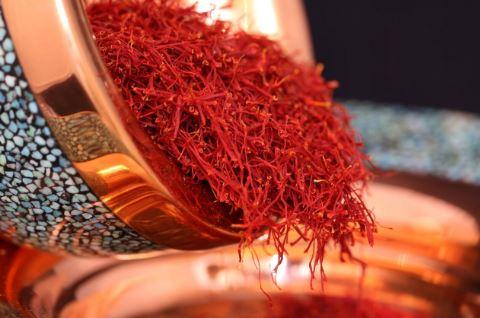 قاچاق زعفران تهدیدی جدی برای بازارهای صادراتی