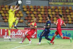 امیدوارم فولاد ناکامی لیگ را در جام حذفی جبران کند