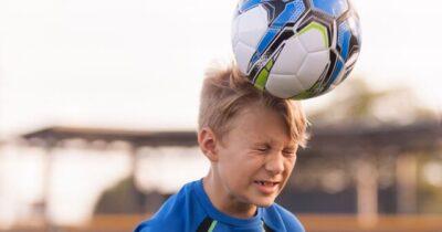بازیکنان دفاع در فوتبال، بیشتر به زوال عقل مبتلا میشوند!