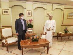 تأکید بر توسعه روابط اقتصادی و بانکی ایران و عمان