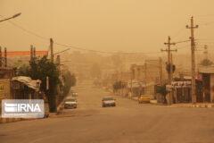 دولت برای مقابله با گرد وغبار ۴۵۰ میلیون یورو هزینه کرده است