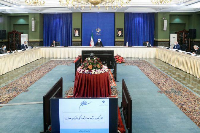 روحانی: کاهش اتکا به نفت از دستاوردهای بزرگ اقتصاد مقاومتی است