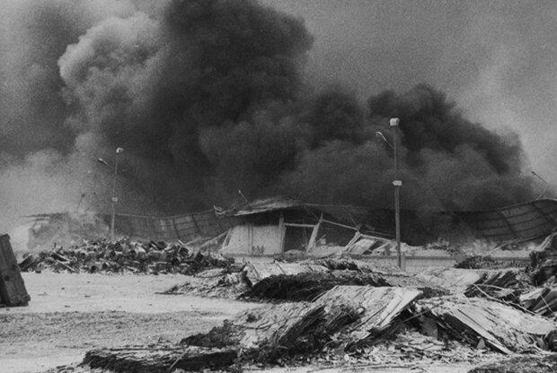 قطع ارتباطات، تجاوز نیروهای عراقی ومحاصره تنگتر؛روزهای اولیه جنگ
