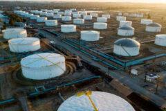 قیمت نفت خام با رشد غیرمنتظره ذخایر نفت آمریکا افت کرد